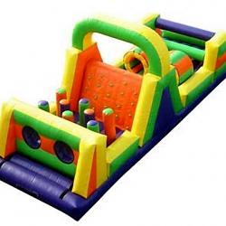 brinquedos inflaveis com obstaculos